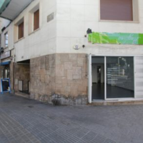 Mare de Deu de Montserrat 252 local